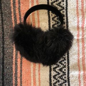 Accessories - Fluffy ear muffs